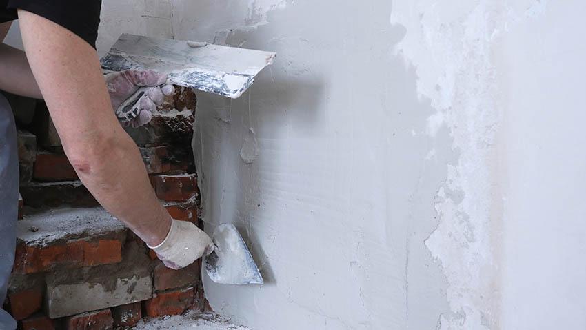 Applying stucco over brick