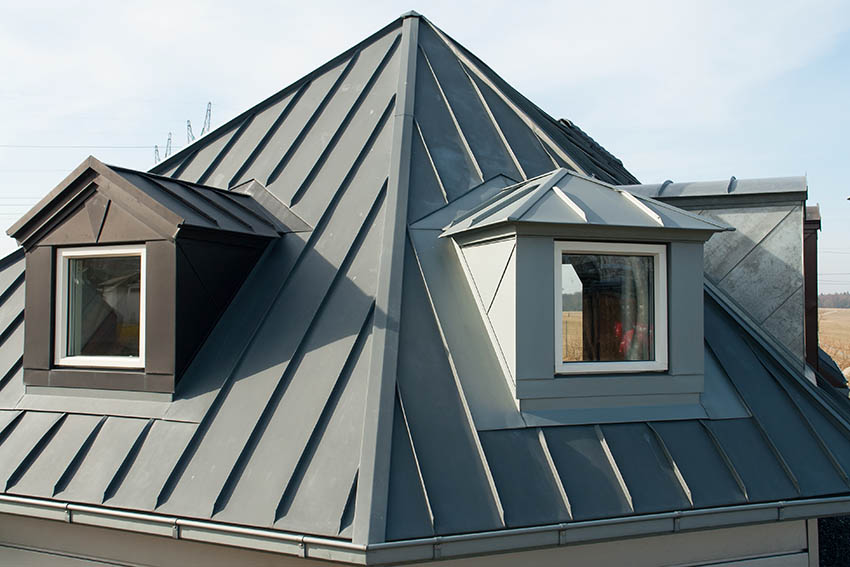 Garage with metal roofing