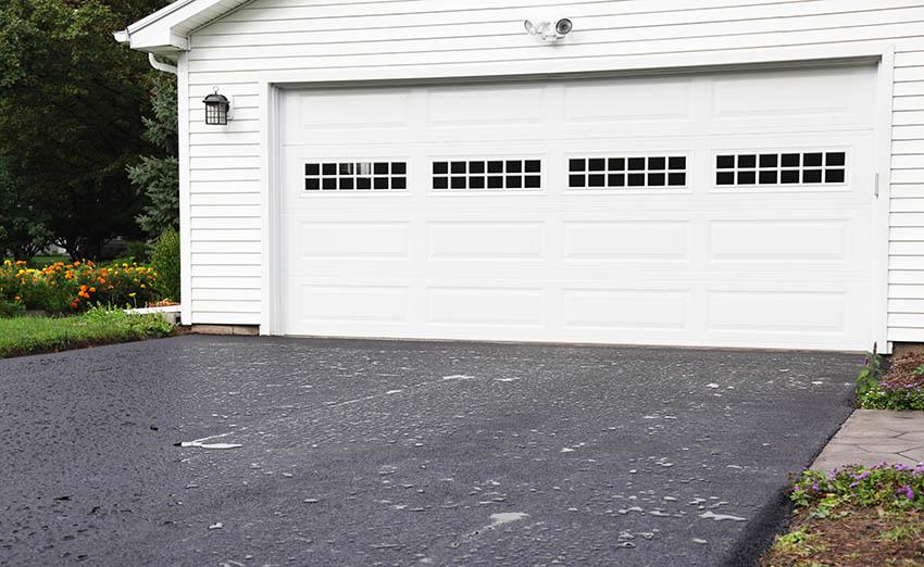 Garage with vinyl doors