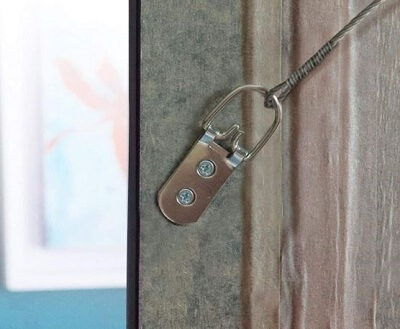 Heavy duty D ring picture hanger