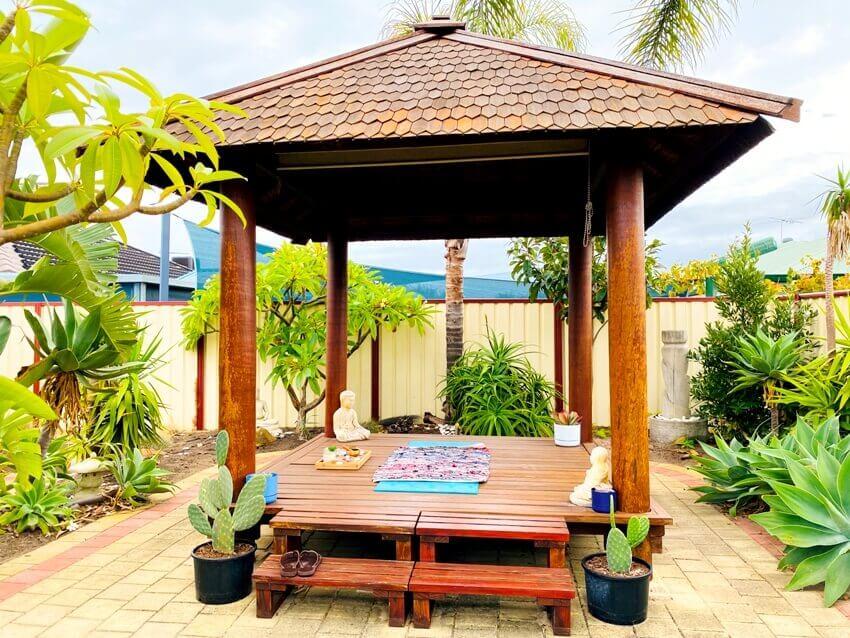 Home yoga retreat shed in the backyard