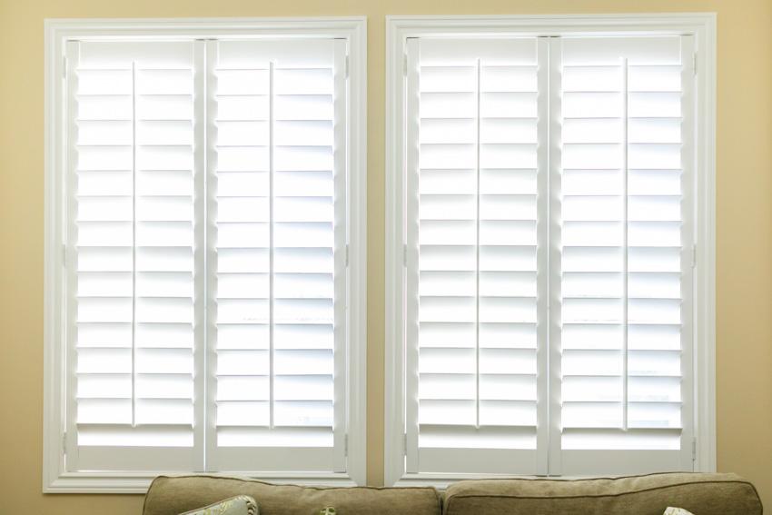 Interior plantation shutters windows