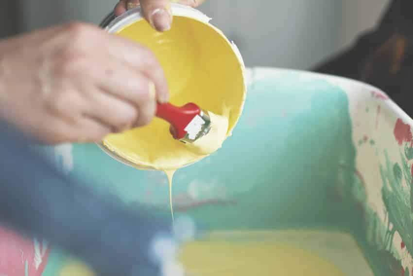 Mixing yellow paint