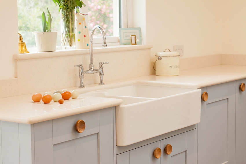 Modern farmhouse kitchen with fireclay sink and stylish cabinets