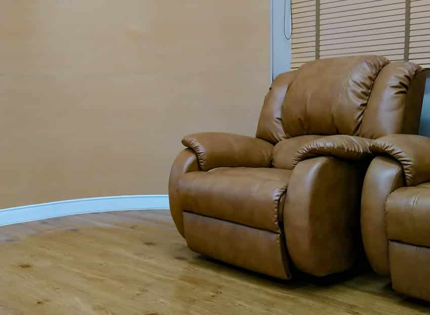 Polyurethane leather recliner wood flooring