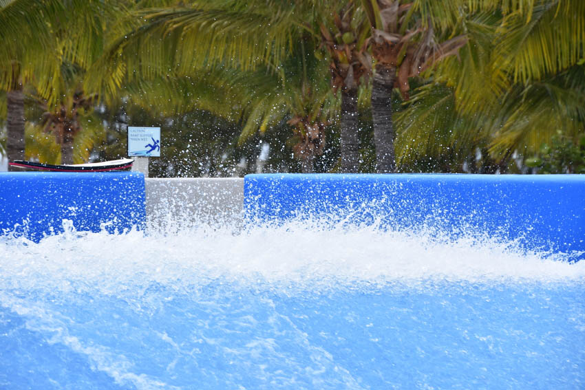Refreshing swimming pool with strong waves
