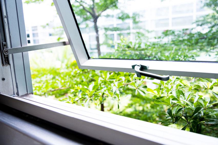 Slide up window with garden scenery