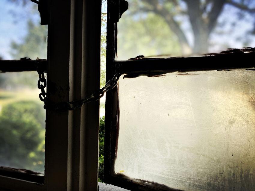 Window with chain lock