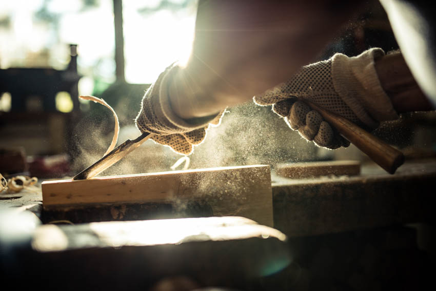Wood chisel woodworking