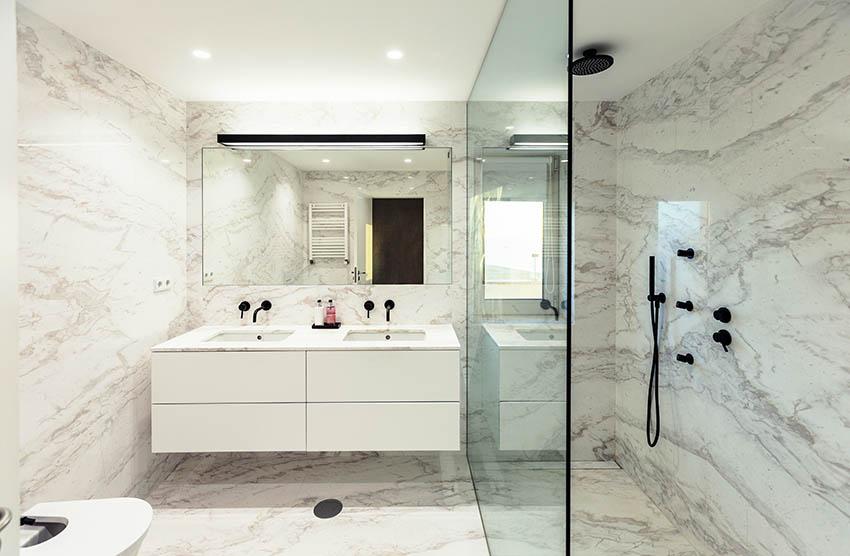 Bathroom with venato porcelain tile looks like marble