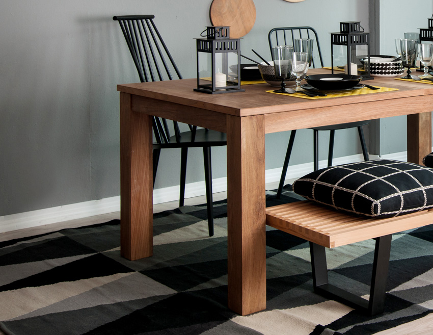 Oak colored dining table pattern flooring