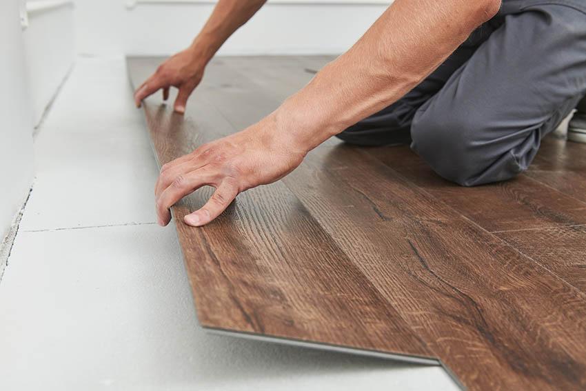 Vinyl floor with attached underlayment